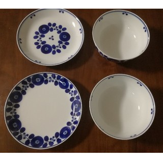 ハクサントウキ(白山陶器)の【白山陶器】ブルーム 4点セット (食器)