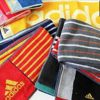 アディダス(adidas)のアディダス スリムスポーツタオル マフラータオル スパーク(タオル/バス用品)