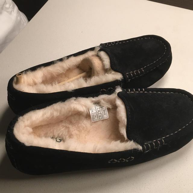 UGG(アグ)の新品未使用 ugg モカシン アンスレー レディースの靴/シューズ(スリッポン/モカシン)の商品写真