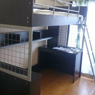 ニトリ(ニトリ)の収納力満載!本棚、棚、デスク付きニトリのロフトベッド(ロフトベッド/システムベッド)