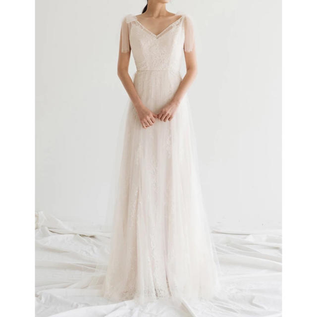 総レース 肩リボン Vネックウェディングドレスの通販 By Beauty