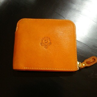 トチギレザー(栃木レザー)のHUKURO 大きく開く小さな財布  栃木レザー(折り財布)