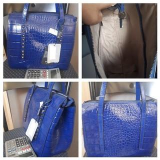 【新品未使用 タグ付き】【鮮やか】イタリア製品 アンバーローズ ハンドバッグ