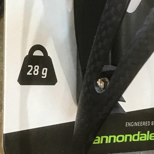 Cannondale(キャノンデール)の自転車用カーボンボトルケージ『キャノンデール カーボンスピードC』2個セット スポーツ/アウトドアの自転車(パーツ)の商品写真