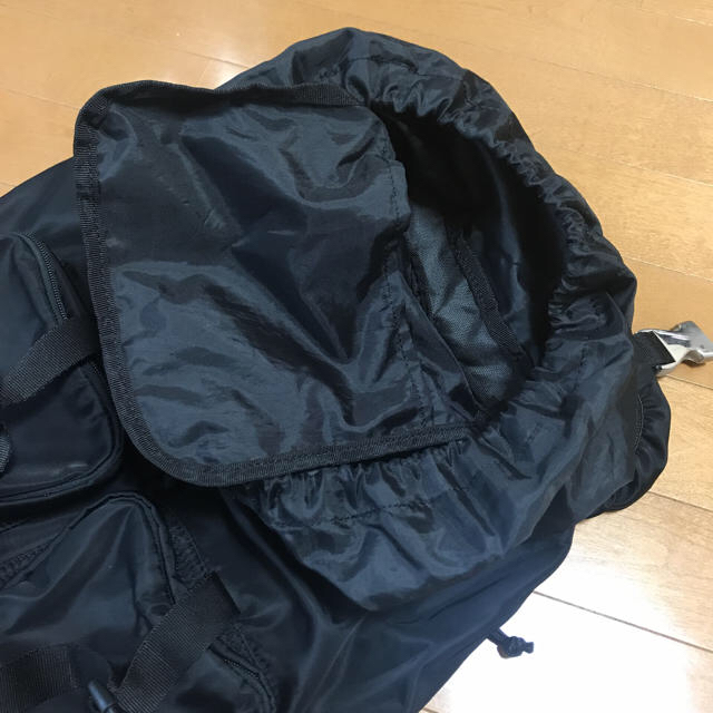 GU(ジーユー)のGU黒ザック レディースのバッグ(その他)の商品写真