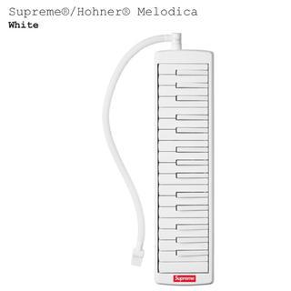 シュプリーム(Supreme)のSupreme®/Hohner® Melodica(ハーモニカ/ブルースハープ)