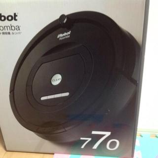 アイロボット(iRobot)のルンバ770(掃除機)