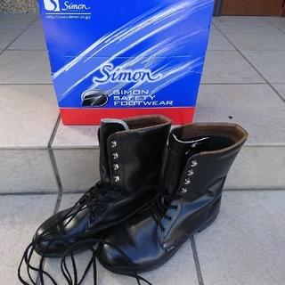 シモン(Simond)の編み上げ靴(ブーツ)