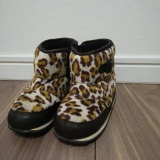 ナイキ(NIKE)のNIKE レオパード柄 ブーツ (ブーツ)