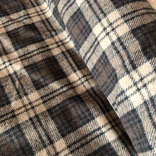 ハギレ wool 150×100㎝(生地/糸)
