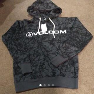 VOLCOM新品パーカーボルコム