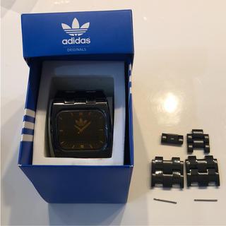 アディダス(adidas)のadidas アディダス 時計 黒 金(腕時計)