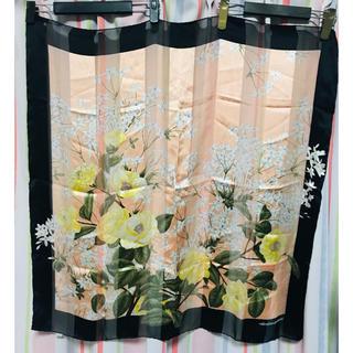 ヴァレンティノガラヴァーニ(valentino garavani)の美品♡ヴァレンティノガラバーニ 大判 スカーフ ヴィンテージ(バンダナ/スカーフ)