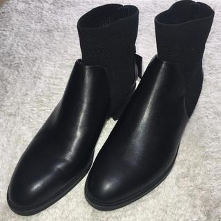 ザラ(ZARA)のZARA BASIC ショートブーツ(ブーツ)