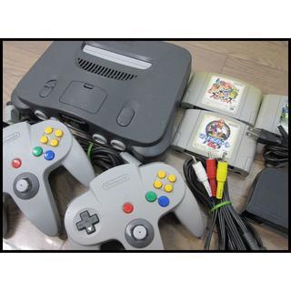 ニンテンドウ64(NINTENDO 64)のtf2008 任天堂 64 本体一式 ソフト3本セット(家庭用ゲーム本体)