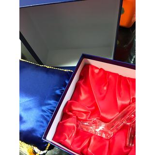 シンデレラ(シンデレラ)のシンデレラのガラスの靴(置物)