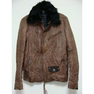 シェラック(SHELLAC)のSCHORLショール牛蛇羊毛皮革襟ムートンファーレザーライダースジャケット(ライダースジャケット)
