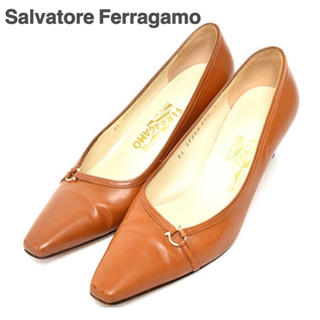 サルヴァトーレフェラガモ(Salvatore Ferragamo)のサルバトーレフェラガモ パンプス レザー ブラウン 6D 23.5cm(ハイヒール/パンプス)