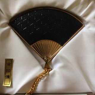 インデンヤ(印傳屋)の印伝 扇子型手鏡(ミラー)