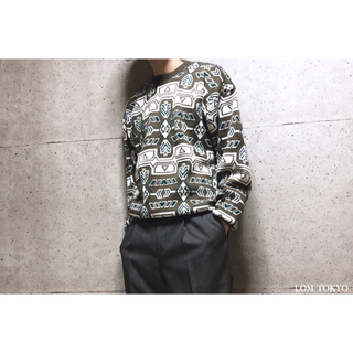 [used]brown art pattern knit.(シャツ)