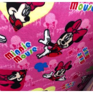ディズニー(Disney)のトイストーリー ミッキー ミニー ラグ 毎回即売!早いもの勝ち!他にもあり (ラグ)