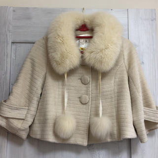 アールエフ(R・F)の《RF/ロージーフューチャー》フォックスファー衿コート(毛皮/ファーコート)