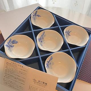 オオクラトウエン(大倉陶園)の【新品】深川製磁 オリエンタルブルー 深小皿揃 5枚1セット(食器)