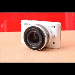 ニコン(Nikon)のNikon 1 J1 レンズキット!ニコン 11-05(ミラーレス一眼)