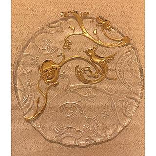 スガハラ(Sghr)のIVVのガラスの飾り皿金彩一枚貴重 新品未使用(食器)