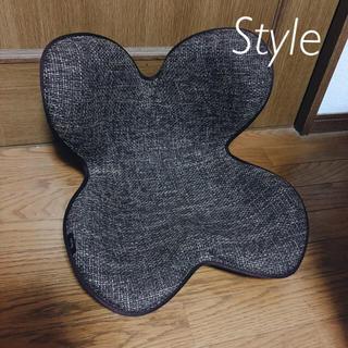 スタイルコム(Style com)の✩限定お値下げ 椅子 ボディメイクシート Style スタイル 腰痛 姿勢矯正(座椅子)