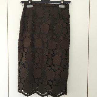 ヌメロヴェントゥーノ(N°21)のヌメロ  レースタイトスカート(ひざ丈スカート)