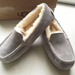 アグ(UGG)のUGG(ローファー/革靴)