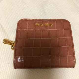 ミュウミュウ(miumiu)のmiumiu ミニ財布(財布)