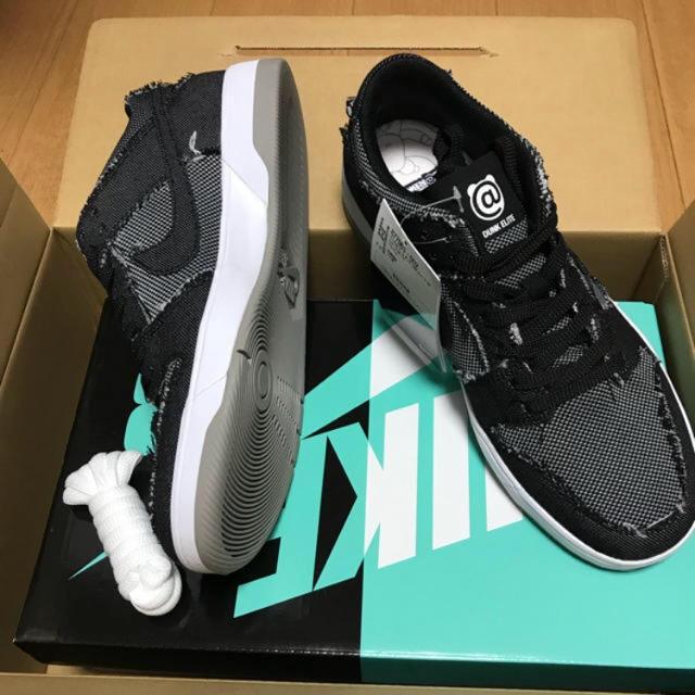 NIKE(ナイキ)の!早い者勝ち!NIKE SB ベアブリックBLACKデニム! メンズの靴/シューズ(スニーカー)の商品写真