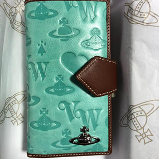 ヴィヴィアンウエストウッド(Vivienne Westwood)のヴィヴィアンウエストウッド シェィプ エメラルドグリーン 高級財布 (財布)