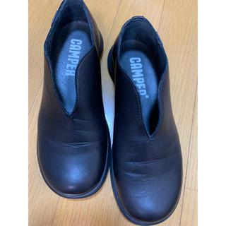 カンペール(CAMPER)のカンペールシューズ✨美品(ローファー/革靴)