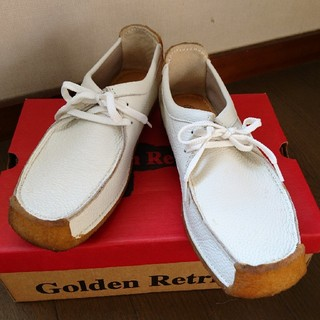 ゴールデンリトリバー(Golden Retriever)のGolden Retrieverワラビー・シューズ(ブーツ)