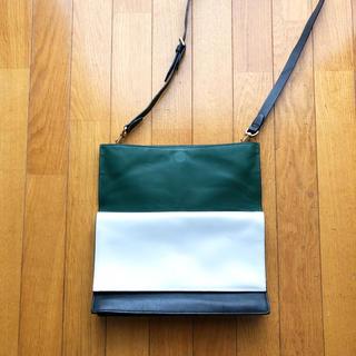 ケイトスペードサタデー(KATE SPADE SATURDAY)のKATE SPADE SATURDAY 黒×グリーン×白 3way bag(ショルダーバッグ)