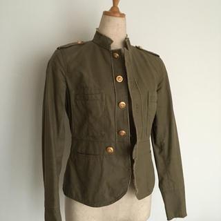ギャミヌリィ(gaminerie)のギャミヌリィ カーキ色長袖ジャケット(ミリタリージャケット)