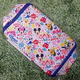 ディズニー(Disney)の新品★ミッキー&フレンズマルチポーチ 非売品 青 ディズニーの英語システム(ベビーおむつバッグ)