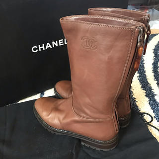 シャネル(CHANEL)の【sold out】CHANELレザーショートブーツ 35 22.5cm(ブーツ)