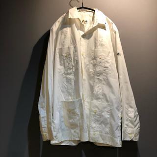 バル(BAL)のバル タック入り 白シャツ Mサイズ(シャツ)