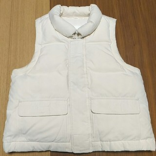 ムジルシリョウヒン(MUJI (無印良品))の90 無印良品 ダウンベスト アイボリー 未使用 美品 MUJI 中綿 フェザー(ジャケット/上着)