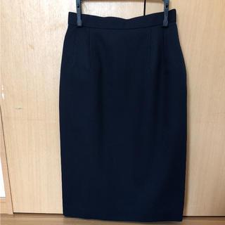ソゴウ(そごう)の【新品 未使用】SOGO 濃紺タイトスカート(ひざ丈スカート)