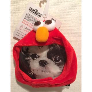 セサミストリート(SESAME STREET)の新品 スリーコインズ  犬猫兼用 帽子 キャップ 被り物 エルモ 赤 ①(犬)