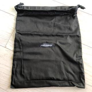 ドルチェアンドガッバーナ(DOLCE&GABBANA)のドルチェ&ガッバーナ☆ ポーチ ブラック 巾着袋(ポーチ)