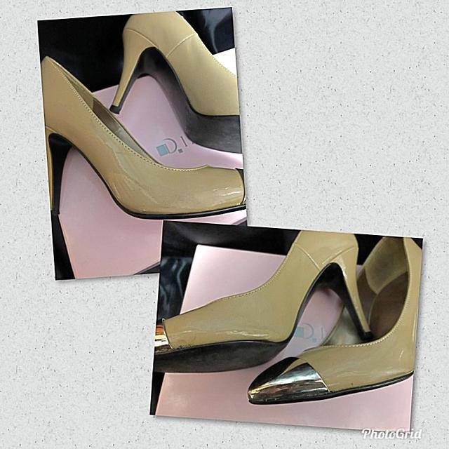DIANA(ダイアナ)のダイアナ  ベージュースモールサイズキャップシルバーパンプス 送料込み レディースの靴/シューズ(ハイヒール/パンプス)の商品写真