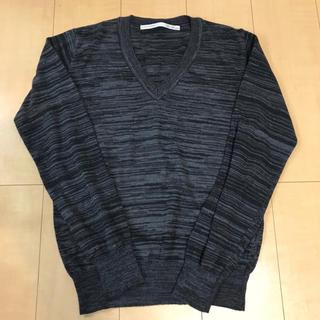 テットオム(TETE HOMME)の美品 テットオム 日本製 長袖ニット Vネックセーター 黒 グレー(ニット/セーター)
