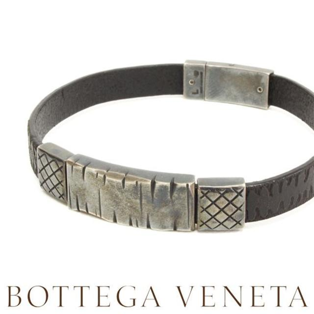 Bottega Veneta(ボッテガヴェネタ)の20BOTTEGA VENETAシルバー&レザー ブレスレットsizeL メンズのアクセサリー(ブレスレット)の商品写真