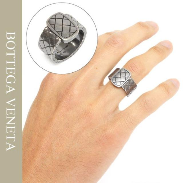 Bottega Veneta(ボッテガヴェネタ)の6BOTTEGA VENETAイントレチャートオキシダイズドシルバーリング メンズのアクセサリー(リング(指輪))の商品写真
